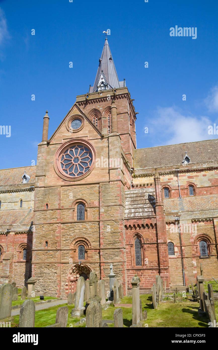 Kirkwall Orkney Islands UK South Transept St Magnus' Cathedral 12thc magnificent landmark built in red sandstone - Stock Image