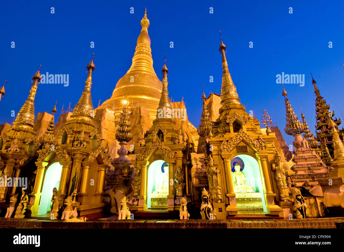 Myanmar (Burma), Yangon Division, Yangon, Kandawgyi District, park of the People, Shwedagon Pagoda (Paya Shwedagon) Stock Photo