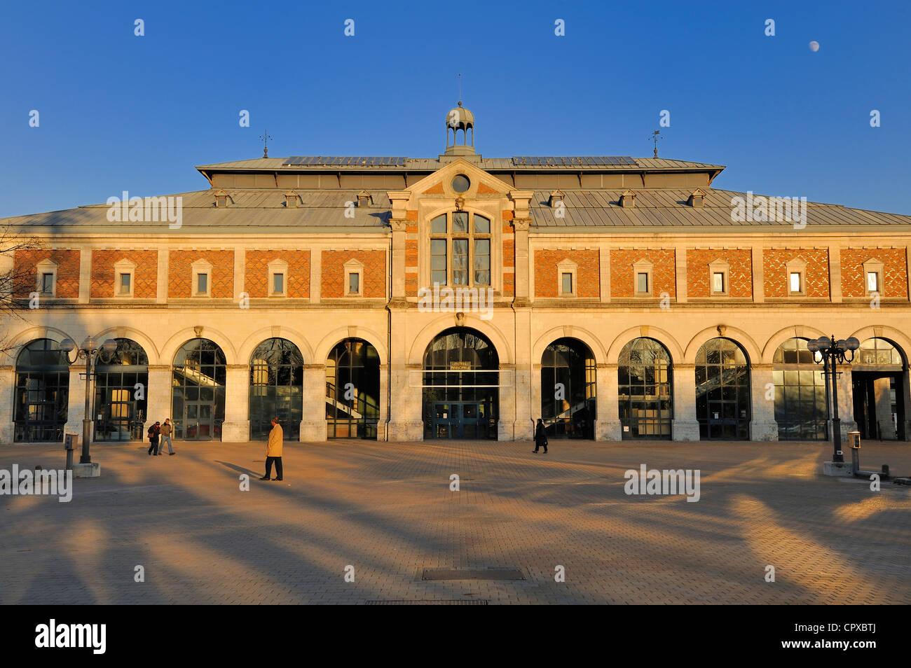 France, Loir et Cher, Blois, Halle aux grains (Grain Market Hall) - Stock Image