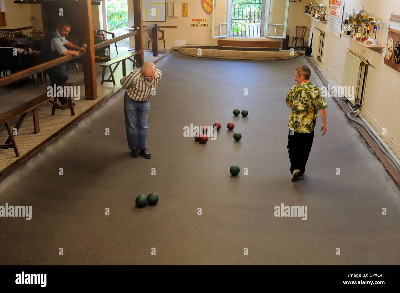 France, Loire Atlantique, Nantes, Le Lorrain Cafe, typical and local bowls game - Stock Image