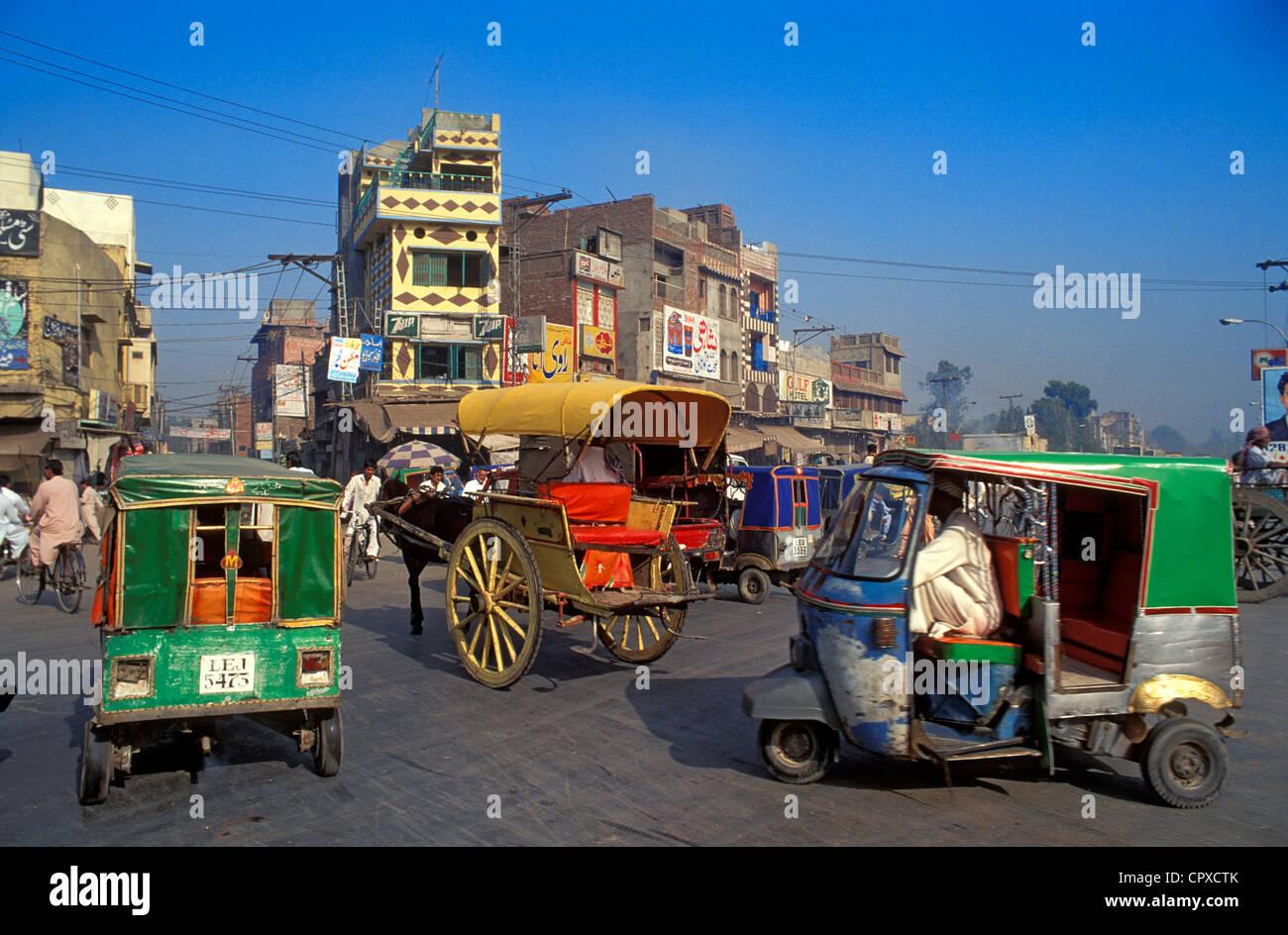 Pakistan, Lahore, street scene - Stock Image