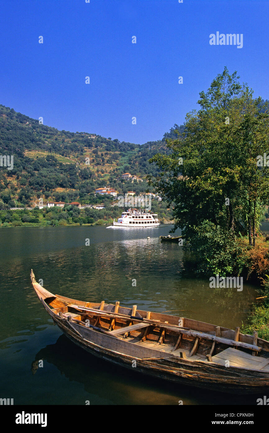 Portugal, Norte region, Douro Valley, listed as World Heritage by UNESCO, cruise alongside the Douro river - Stock Image
