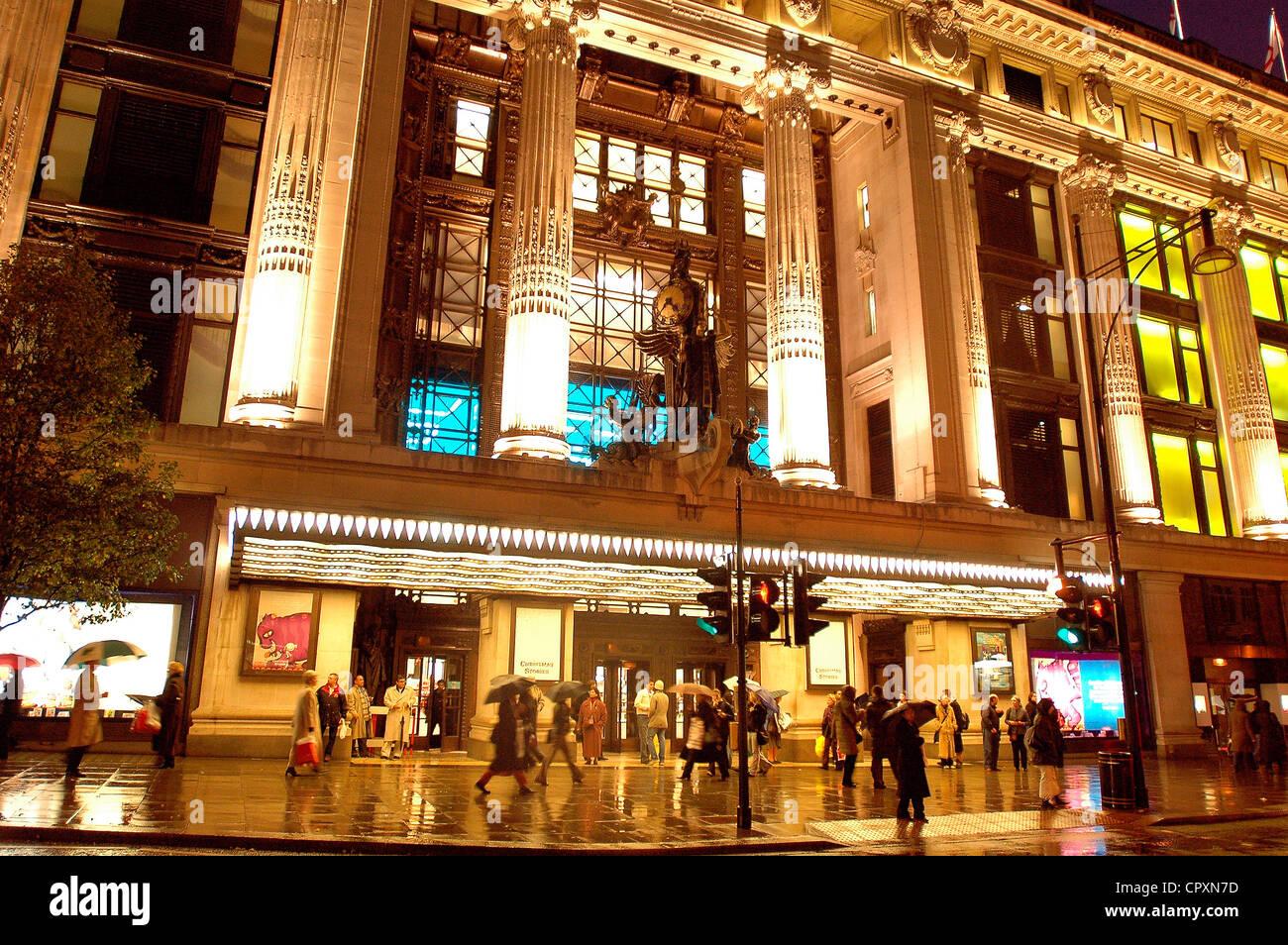 United Kingdom, London, Mayfair District, Selfridges shop - Stock Image