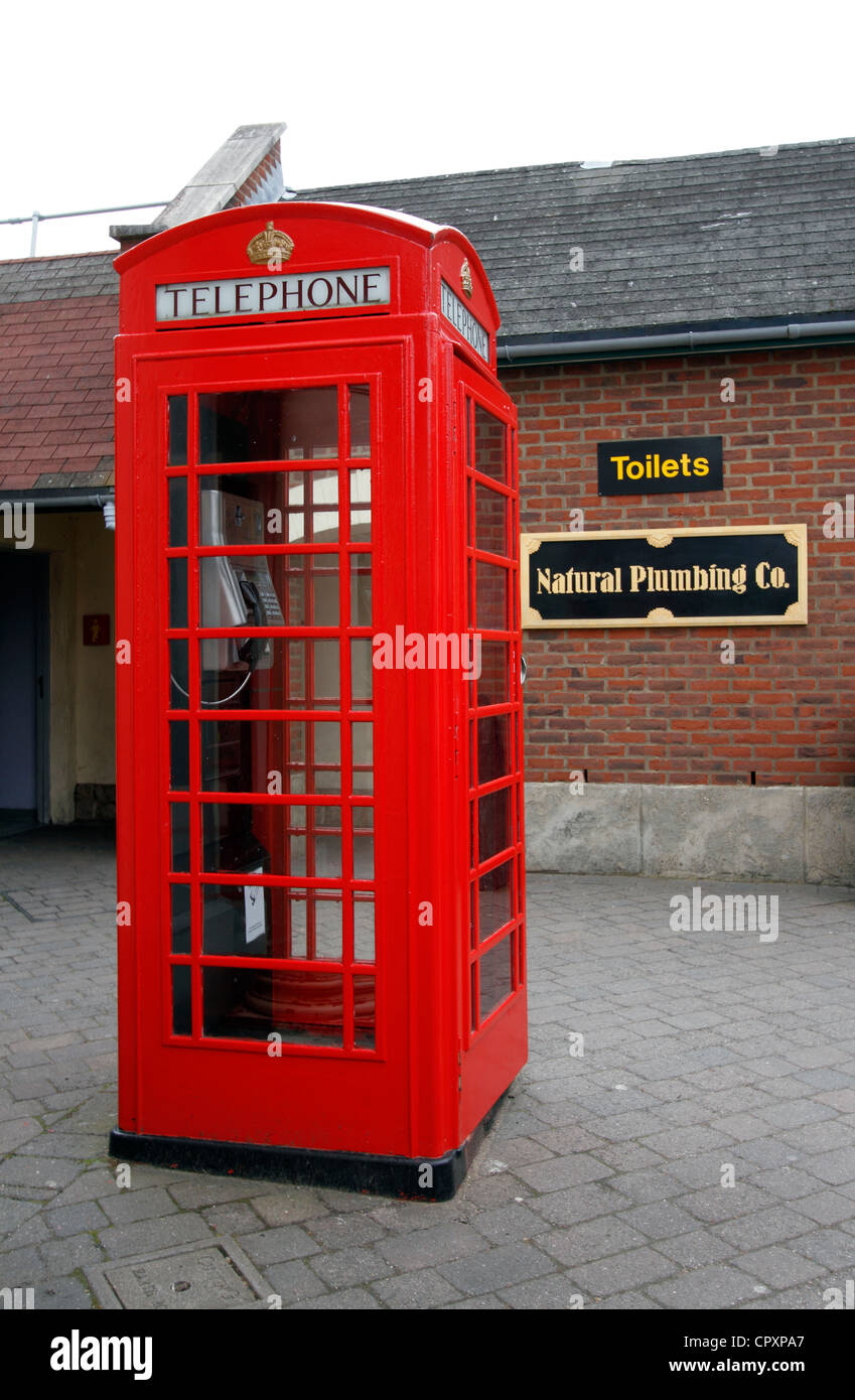 K6 (kiosk number six) was designed to commemorate the silver jubilee of King George V. - Stock Image
