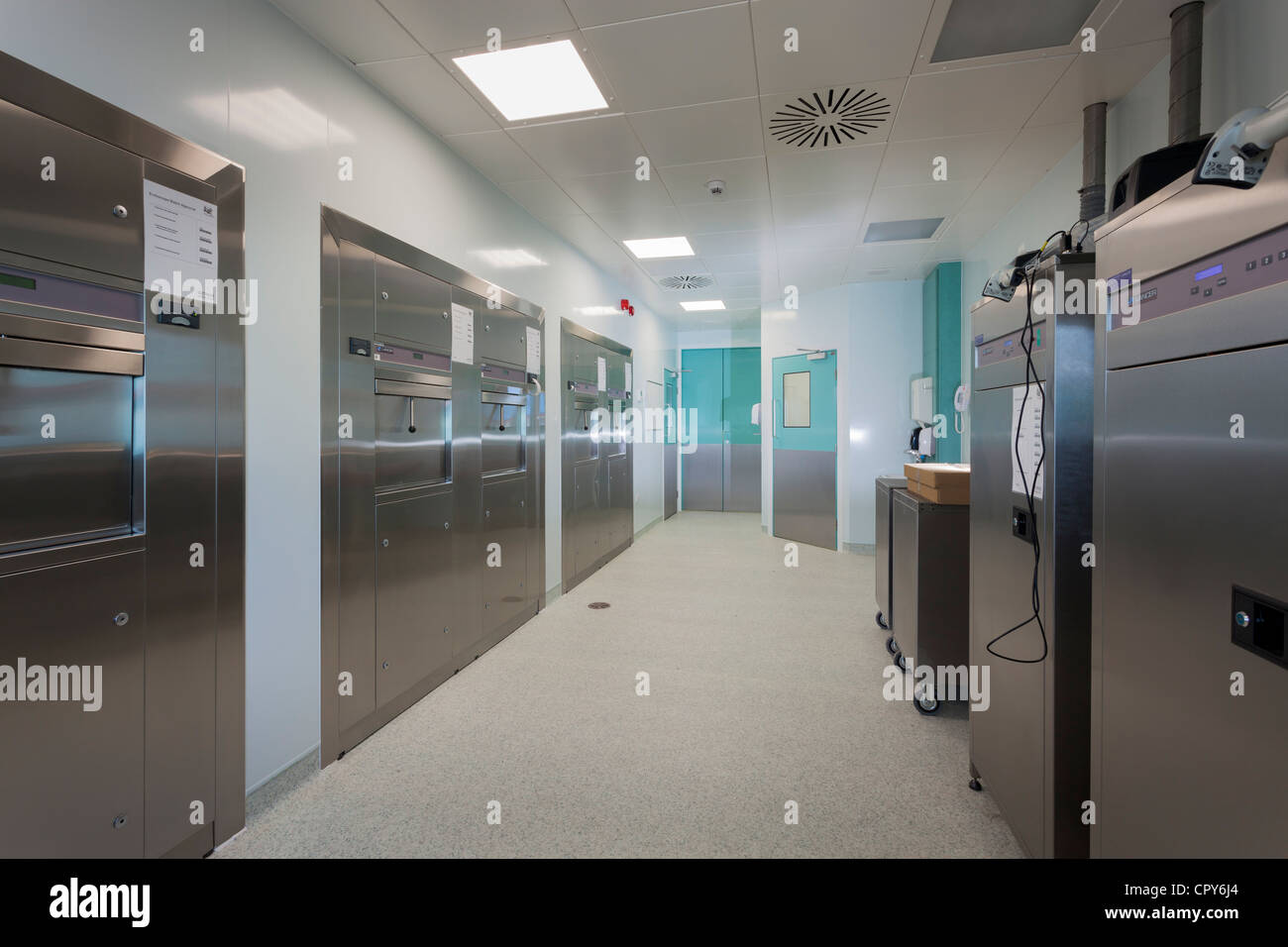 Royal Bournemouth Hospital Endoscopy Unit. Instrument processing area - clean side - Stock Image