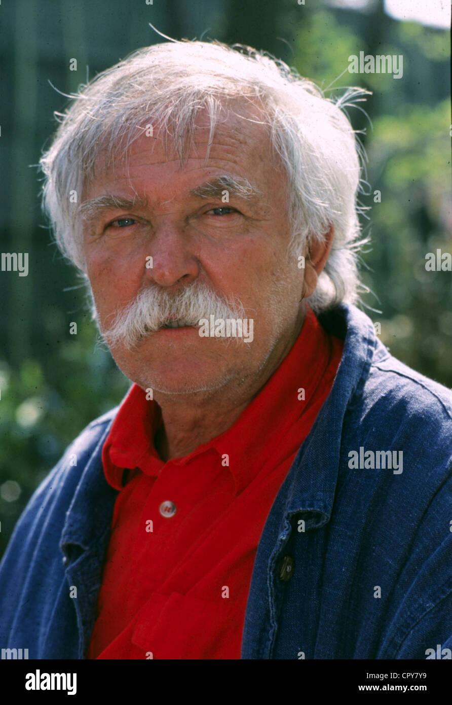 Eckert, Horst (Janosch), * 11.3.1931, German children's book author, writer, portrait, 1998, Additional-Rights - Stock Image