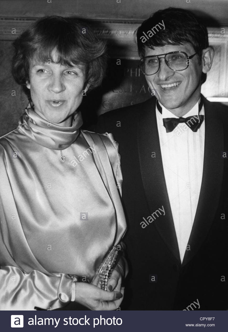 Klitzing, Klaus v., * 28.6.1943, German physicist, Nobel Prize laureate, half length, with his wife Renate, 1980s, Stock Photo