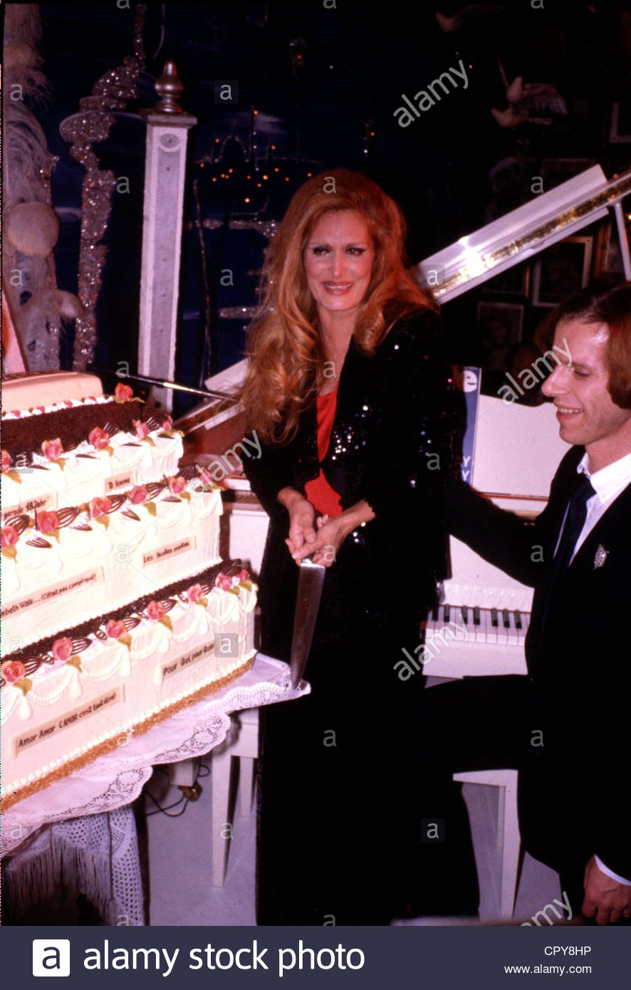 Dalida (Yolande Gigliotti), 17.1.1933 - 3.5.1987, Italian Schlager singer, half length, with Kay Woersching, cutting - Stock Image