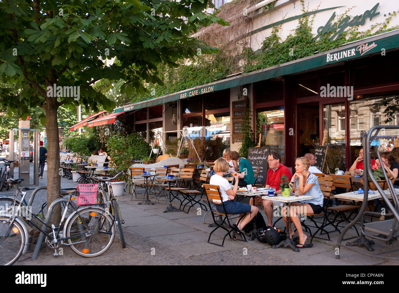 germany berlin prenzlauer berg district kastanienllee cafe stock photo 48543901 alamy. Black Bedroom Furniture Sets. Home Design Ideas
