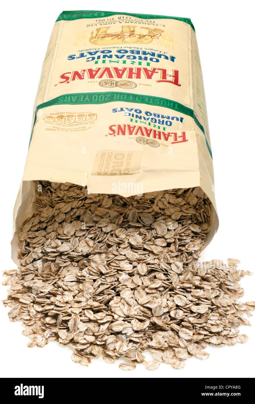 1 kg packet of Flahavans Irish organic jumbo milled oats - Stock Image