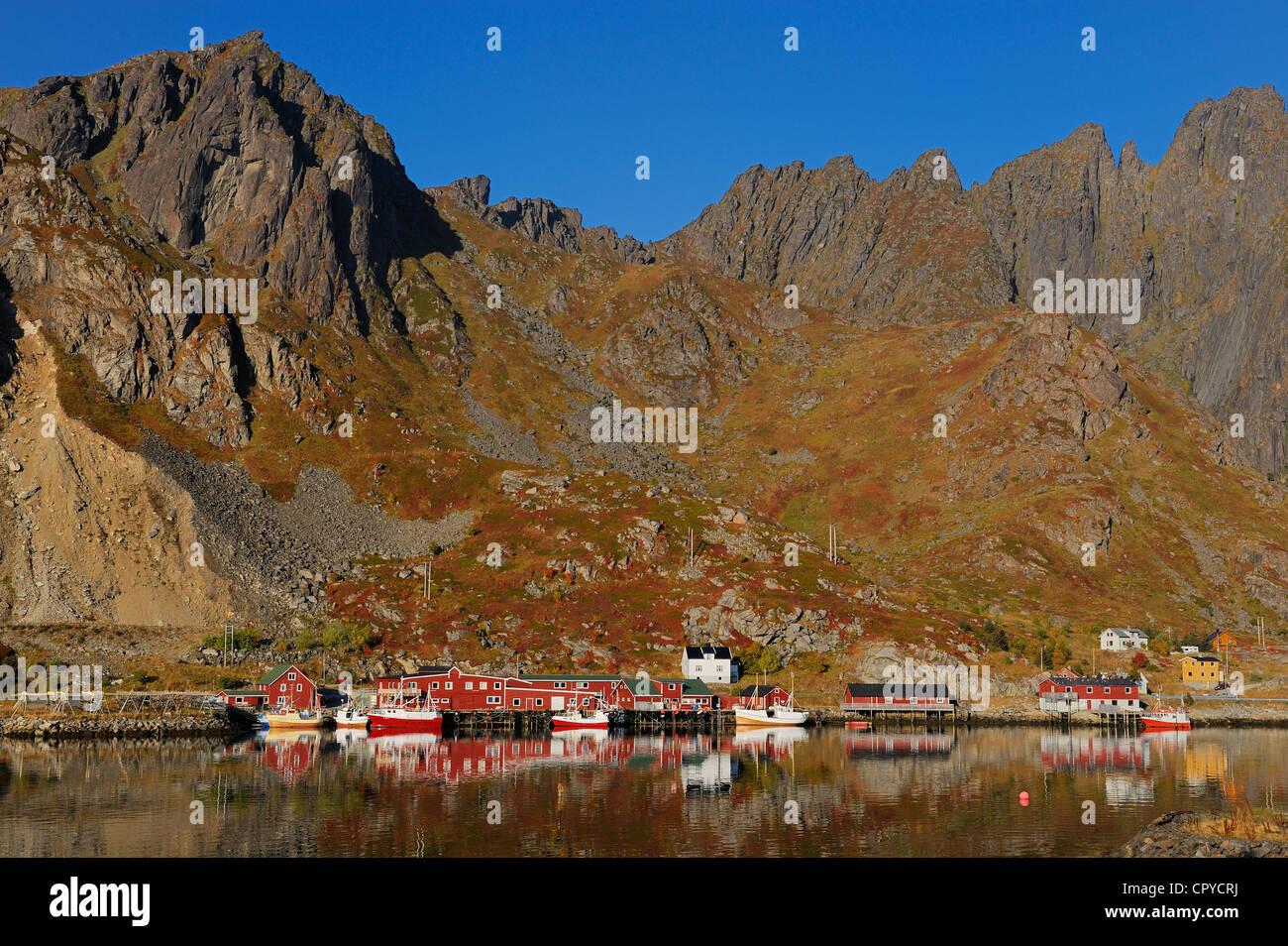Norway, Nordland County, Lofoten Islands, Vestvagoy Island, Ballstad harbour - Stock Image