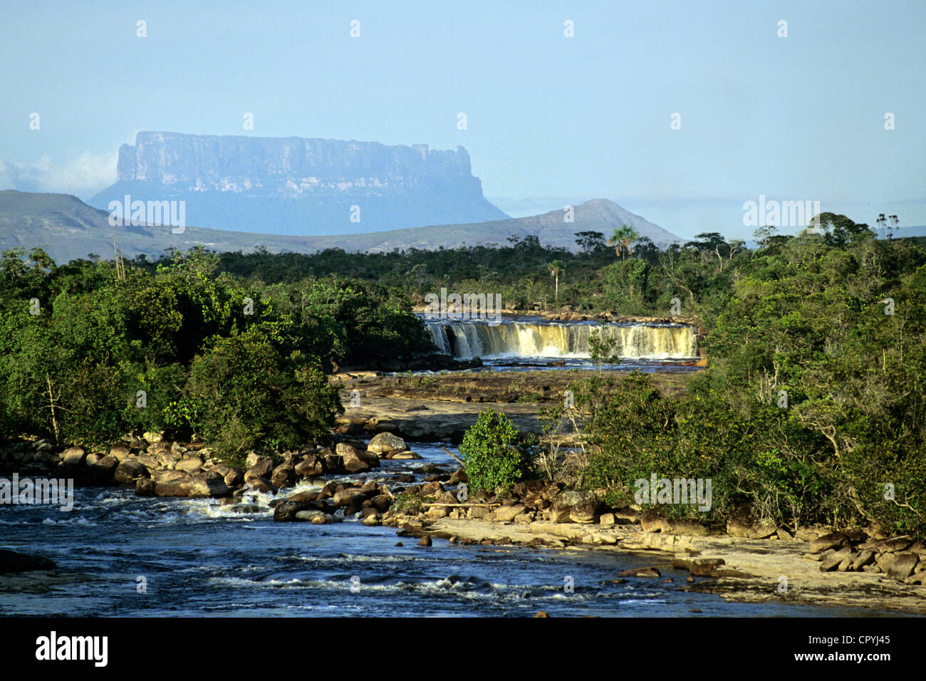 Venezuela, Bolivar State, Gran Sabana Region, Canaima National Park, listed as World Heritage by UNESCO, Tepuy de - Stock Image