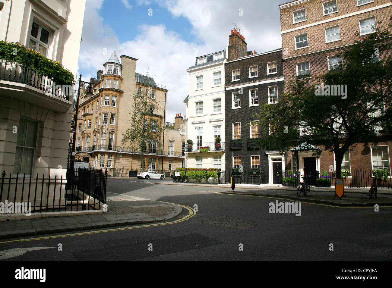 Junction of Charles Street, Queen Street and Chesterfield Hill, Mayfair, London, UK - Stock Image