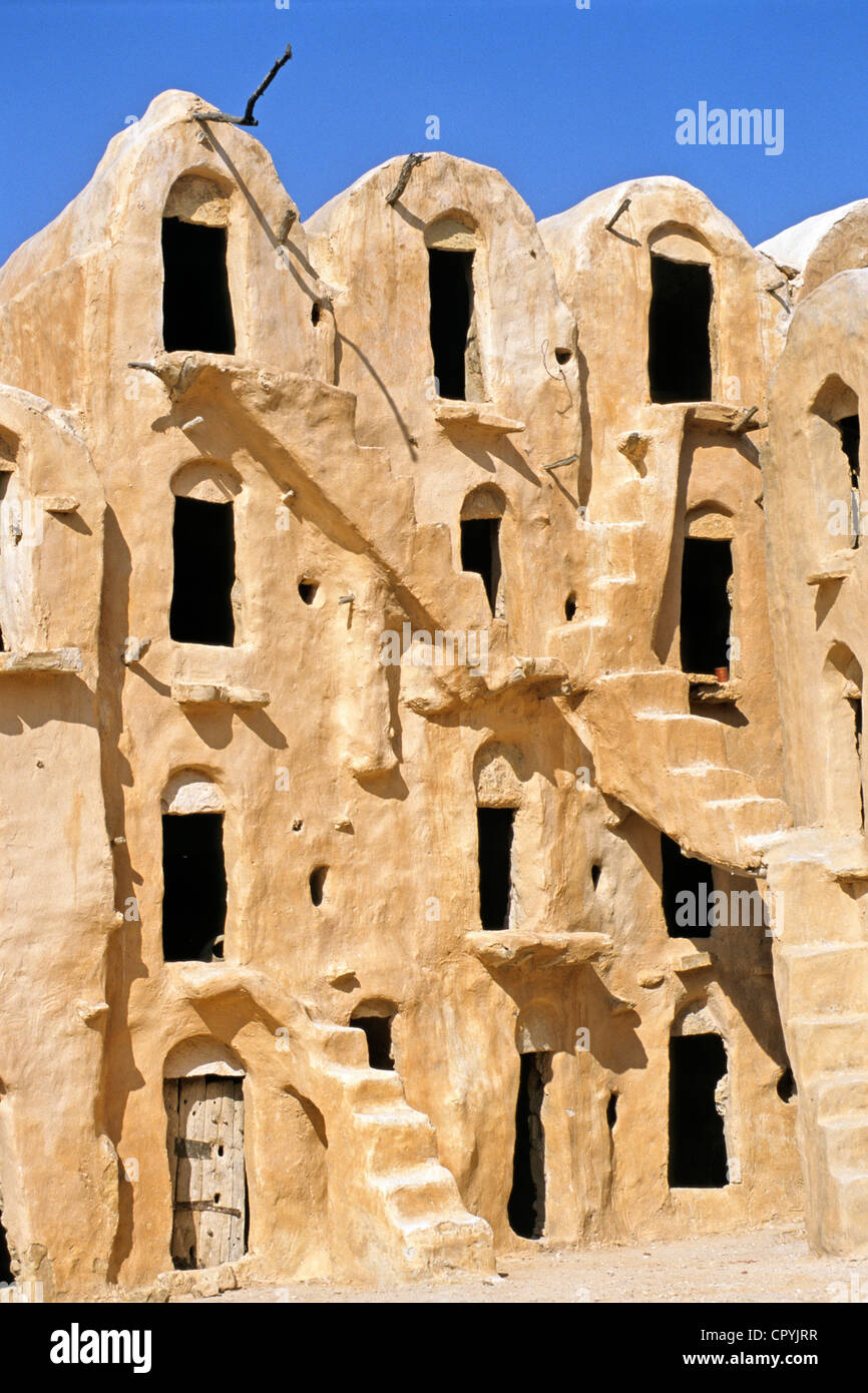 Tunisia, Ksar Ouled Soltane, former fortress and its 400 Ghorfas Stock Photo