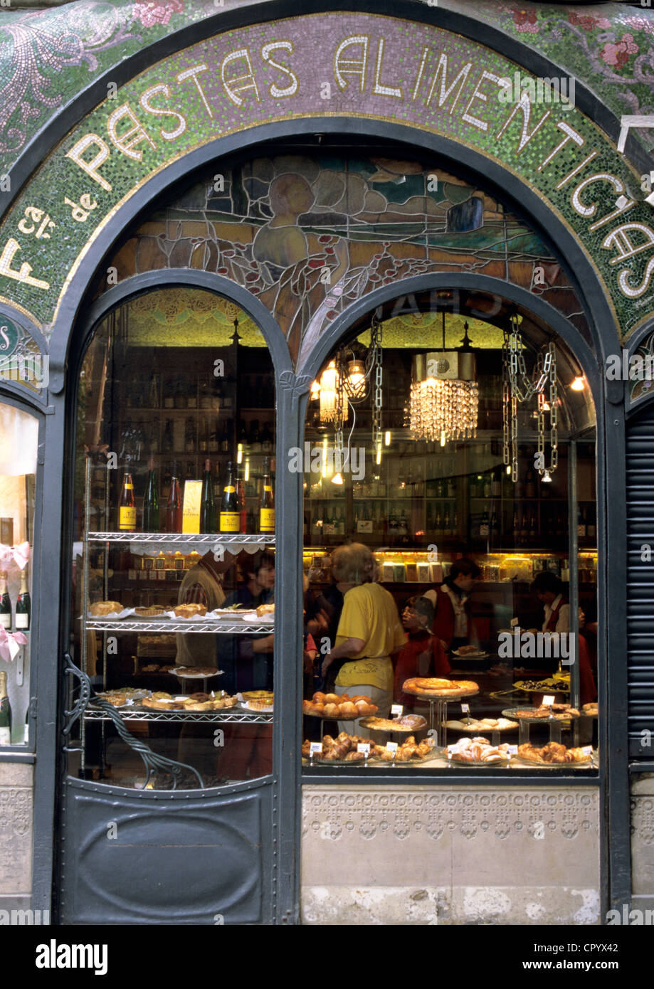 Spain Catalonia Barcelona Las Ramblas Escriba cake shop and chocolate maker facade with Modernista architecture - Stock Image
