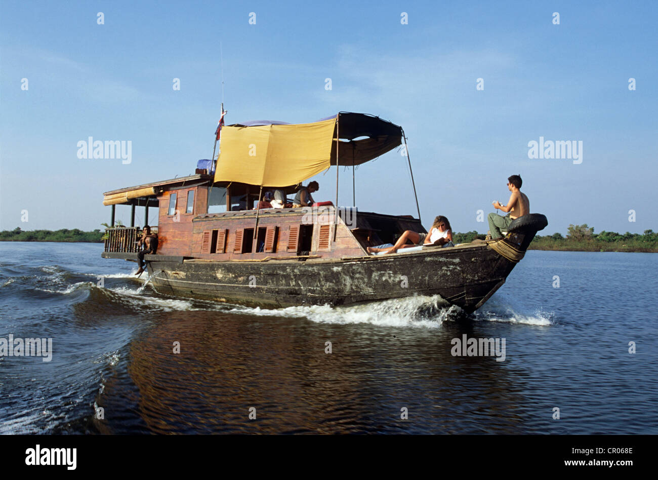 Cambodia, Siem Reap Province, cruising on the Tonle Sap Lake, Biosphere Reserve, on the boat Cambodia Earth - Stock Image