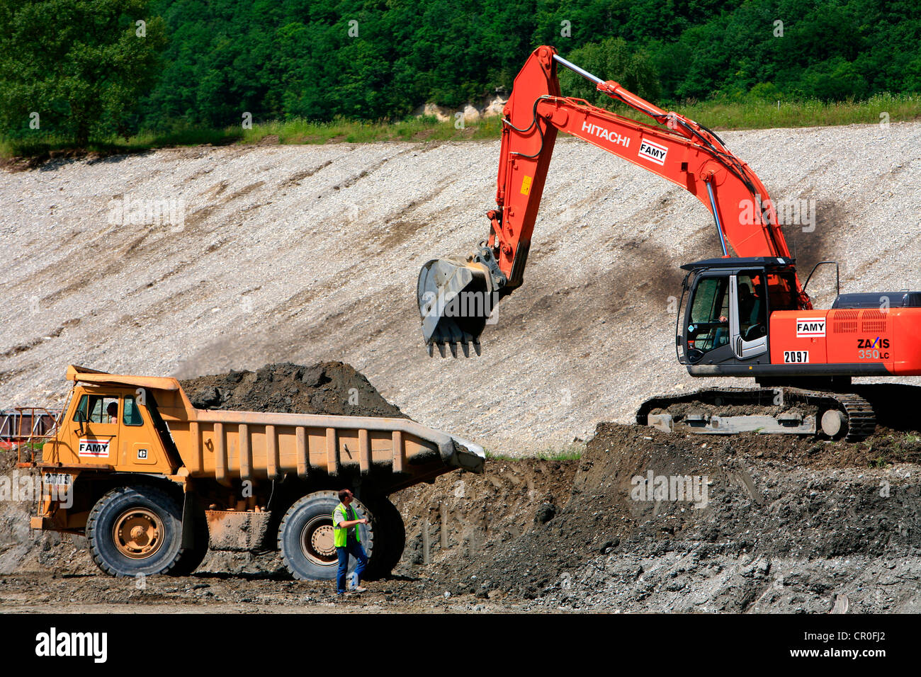 France, Ain, Culoz , Chautagne, building site of a lock on the haut Rhone, lorry and mechanical shovel - Stock Image