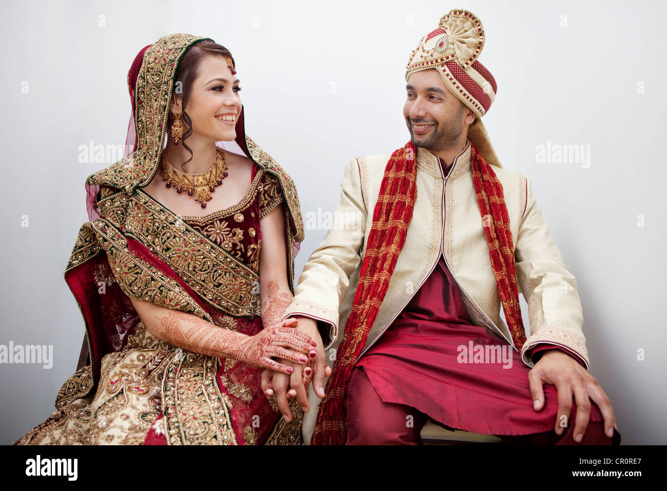 Indian Wedding Bride Groom High Resolution Stock Photography And Images Alamy