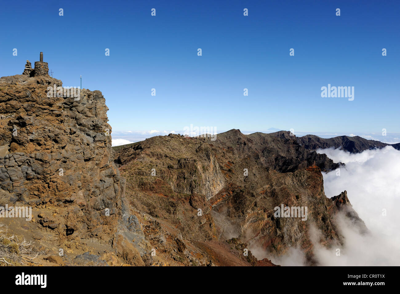 Summit of the Pico Fuente Nueva with a sea of clouds in the Caldera de Taburiente National Park, La Palma, Canary - Stock Image