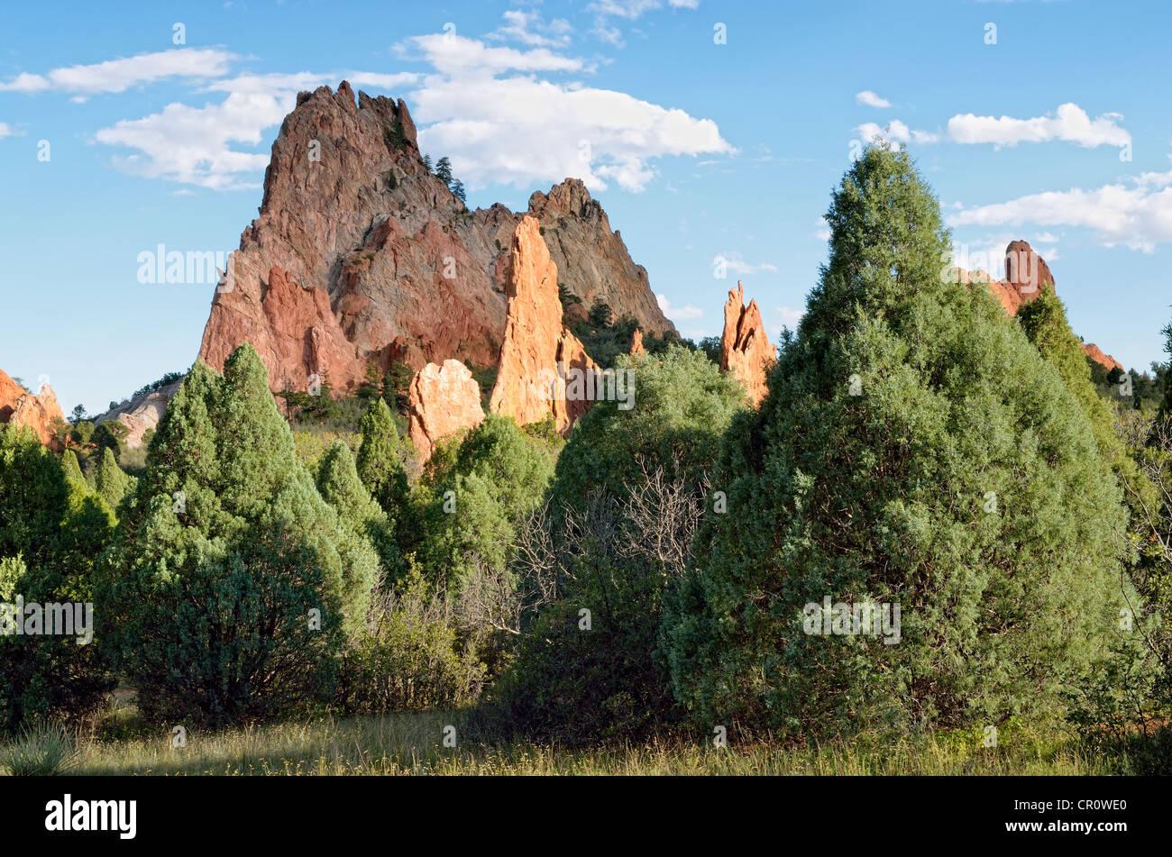 Cathedral Rock or Gray Rock, Garden of the Gods, red sandstone, Colorado Springs, Colorado, USA - Stock Image