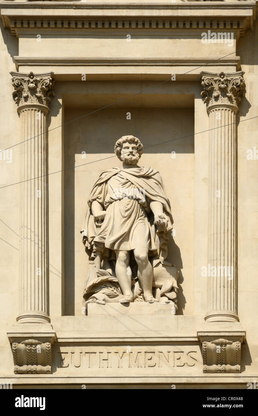 Statue of Euthymenes Greek Explorer on the Chamber of Commerce or La Bourse La Canebière Marseille or Marseilles - Stock Image
