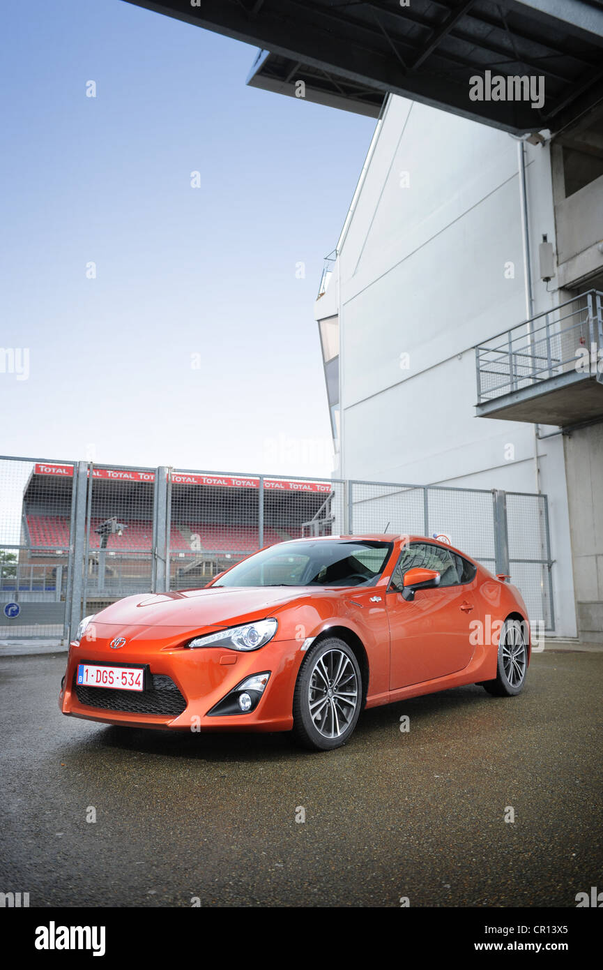 2012 Toyota GT 86 in orange at le mans Stock Photo