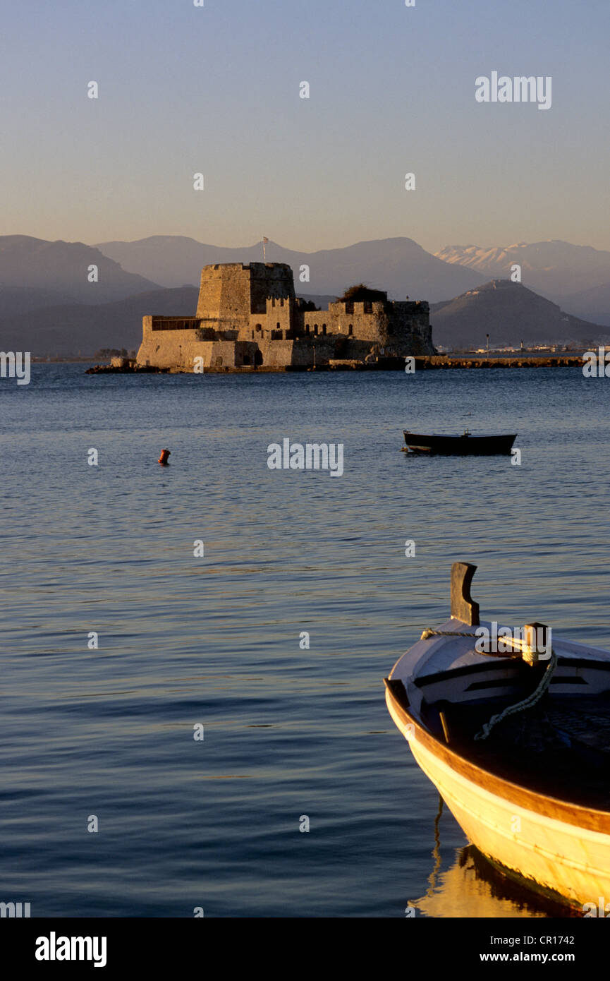 Greece, Peloponnese, Nafplion, Agolis capital town, Venetian Fort of Bourtzi (or Bourdzi) Islet - Stock Image