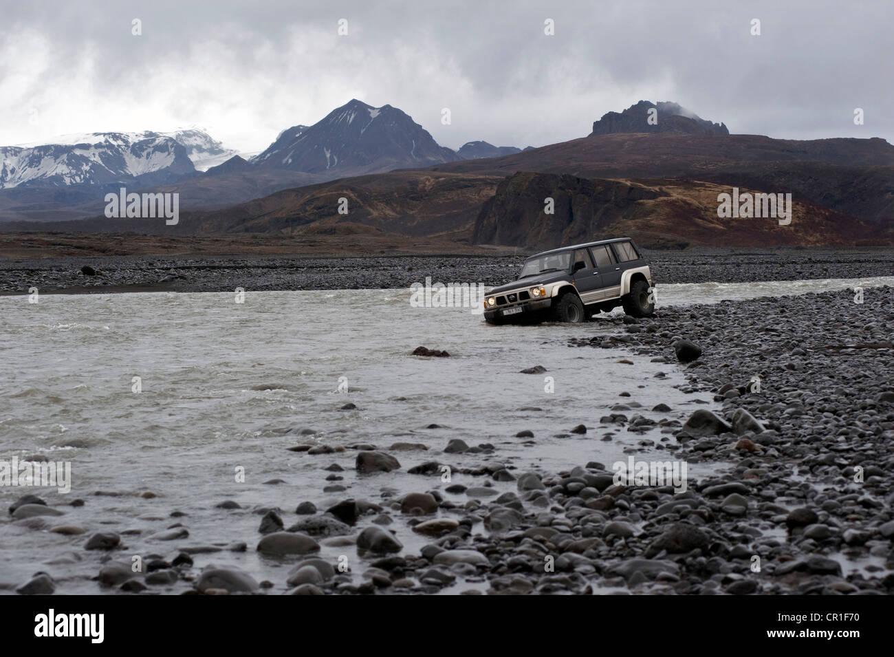 Super Jeep fording the river Markarfljót, Þórsmoerk, Iceland, Europe - Stock Image