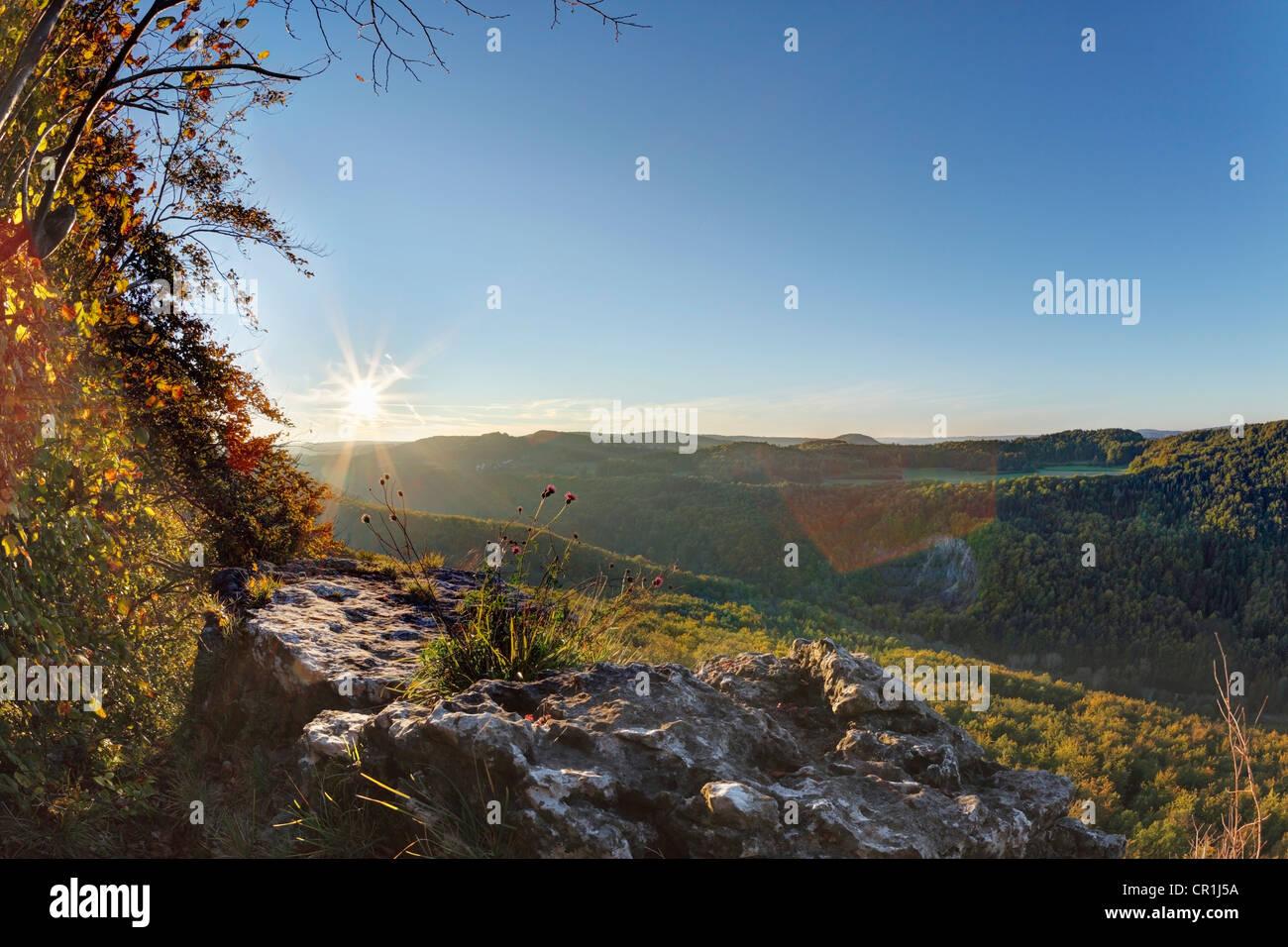 View from the Roethelfels or Roetelfels climbing rock, sunrise, Franconian Switzerland, Upper Franconia, Franconia, - Stock Image