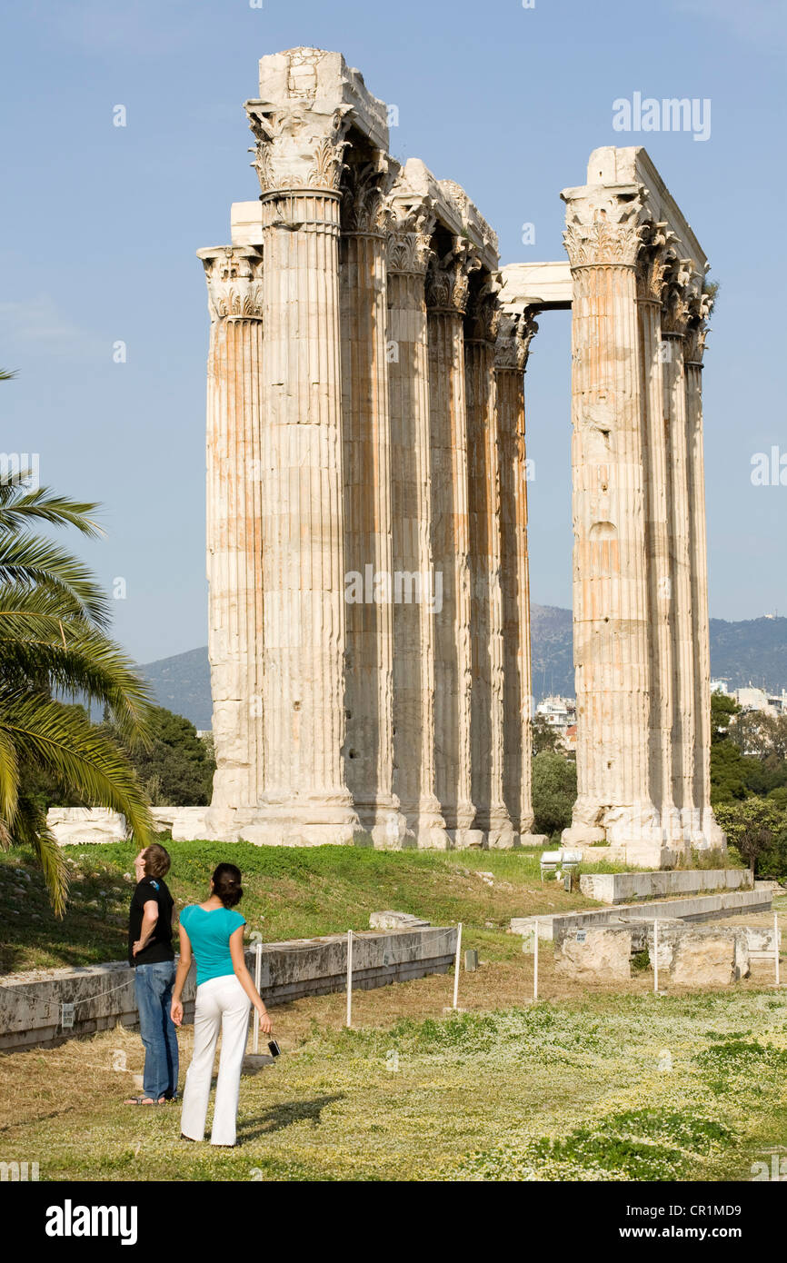 Greece, Attica, Athens, Olympieion or Stiles Olympiou Dios (the Olympian Zeus Temple), built in the 6th century - Stock Image