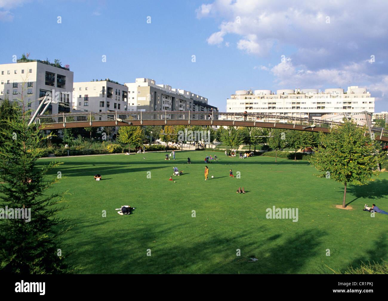 France, Paris, Jardin de Reuilly, garden at halfway from the Promenade Plantee (Planted Walk) - Stock Image