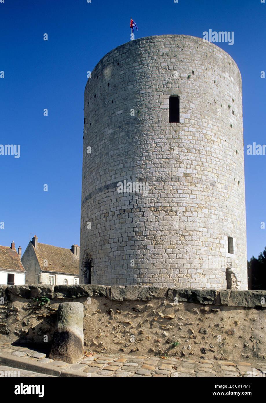 France, Essonne, Dourdan, dunjon of the castle Stock Photo