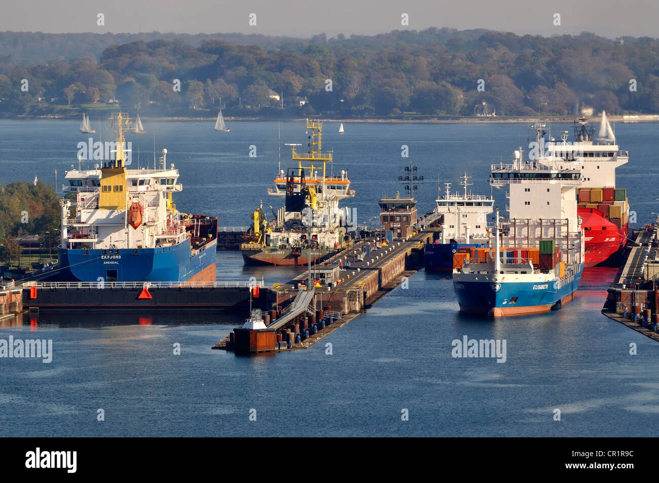 Shipping traffic at Holtenau lock, Nord-Ostsee-Kanal, Kiel Canal, Kiel, Schleswig-Holstein, Germany, Europe - Stock Image