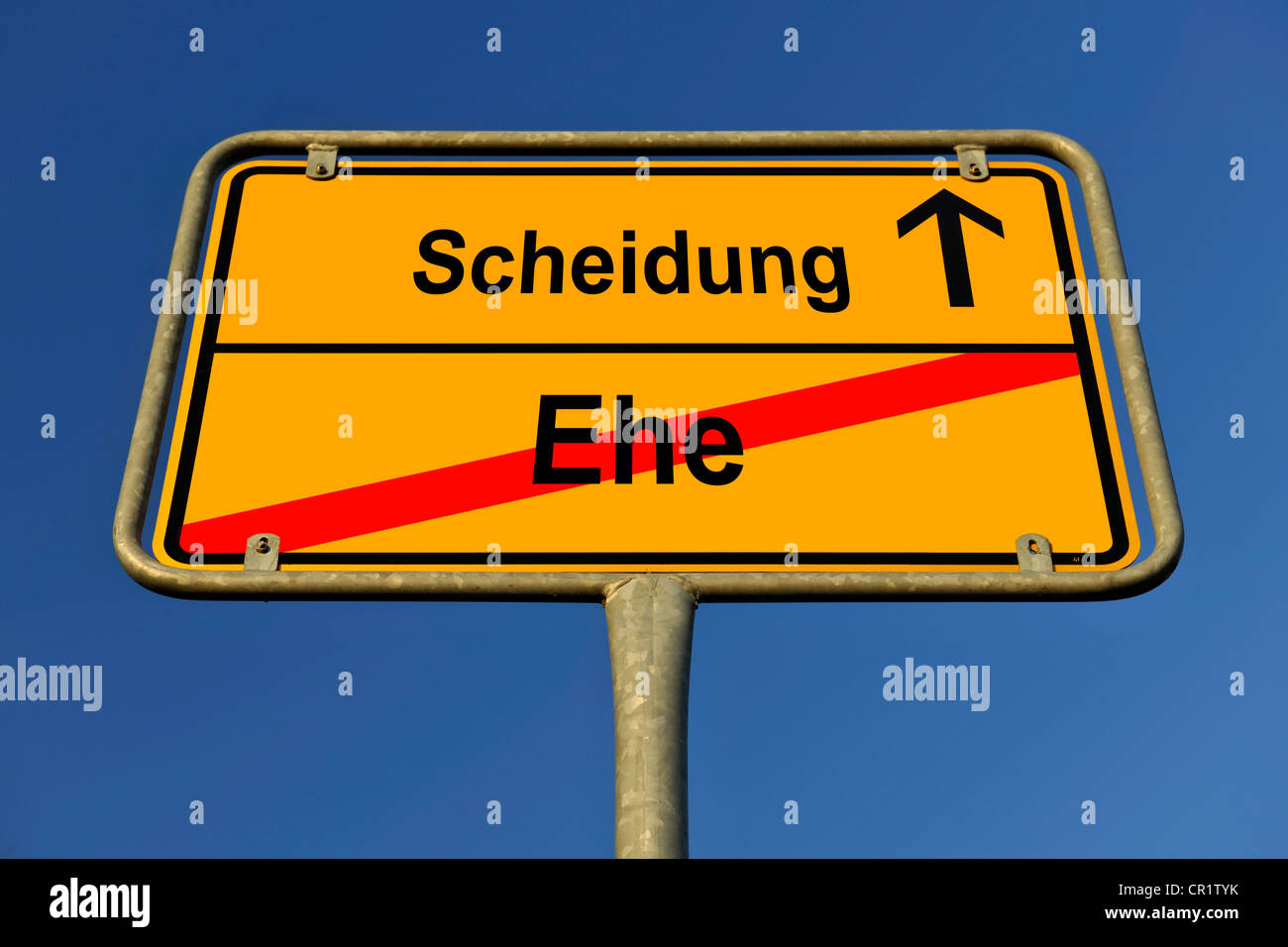 City limit sign, symbolic image for the way from Ehe to Scheidung, German for going from being married to having - Stock Image
