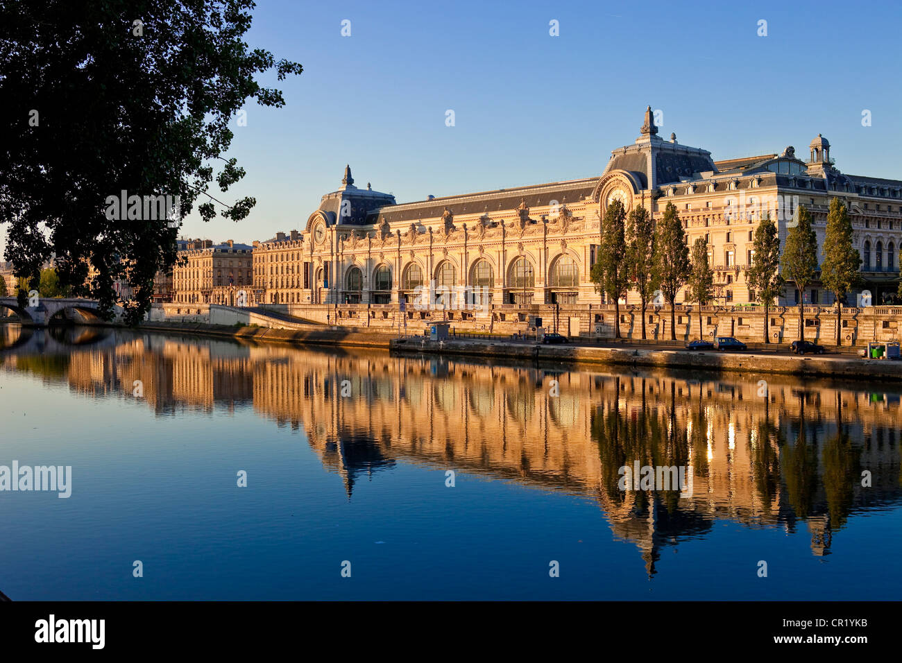 France, Paris, Seine River banks UNESCO World Heritage, musee d'Orsay - Stock Image