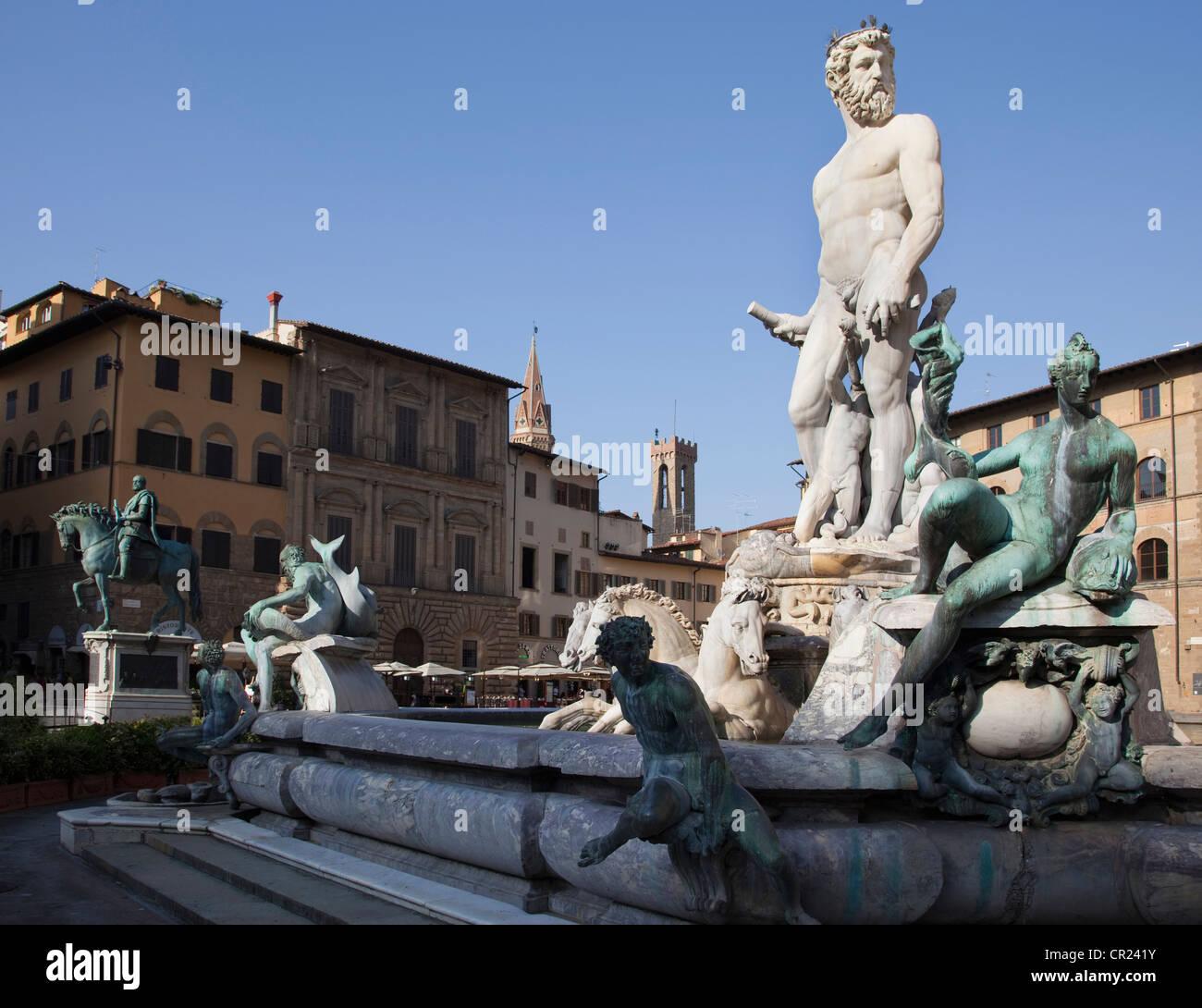 Fontana di Nettuno in town square - Stock Image