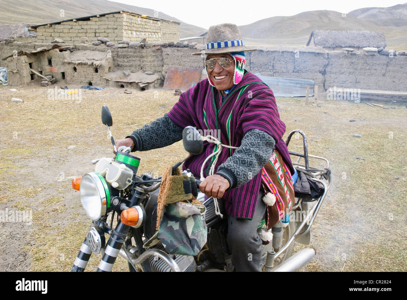 biker in the Real Cordillera of the andes, Bolivia - Stock Image