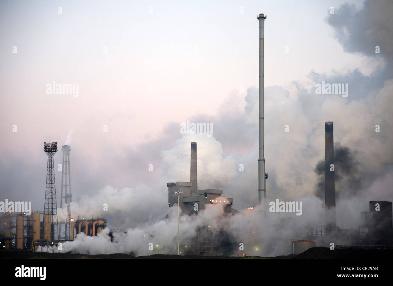 Steam conceals the blast furnace at the SSI steel works at Redcar - Stock Image