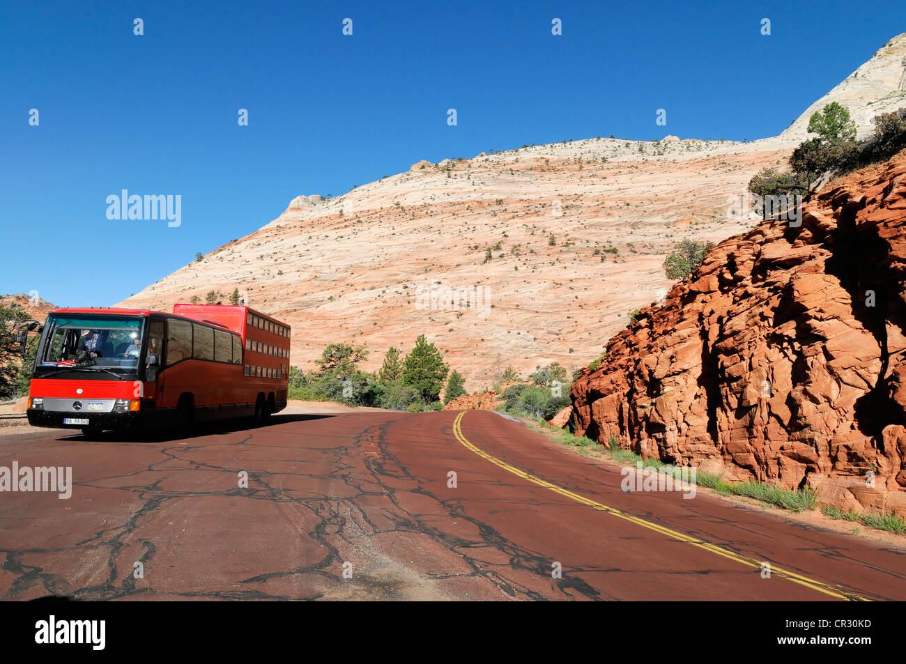 Rotel Coach Rolling Hotel Near Checkerboard Mesa Sandstone Rock Formations Zion National Park Utah USA North America