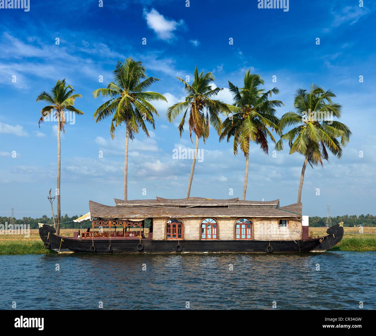 Ashtamudi Lake: Kerala Backwater House Boat Stock Photos & Kerala