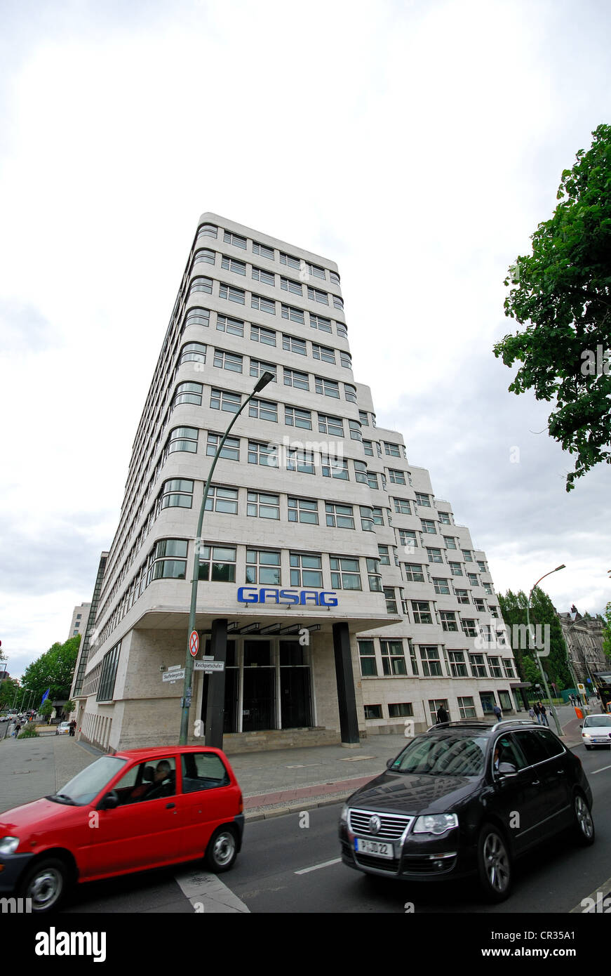 shell building berlin stock photos shell building berlin stock images alamy. Black Bedroom Furniture Sets. Home Design Ideas