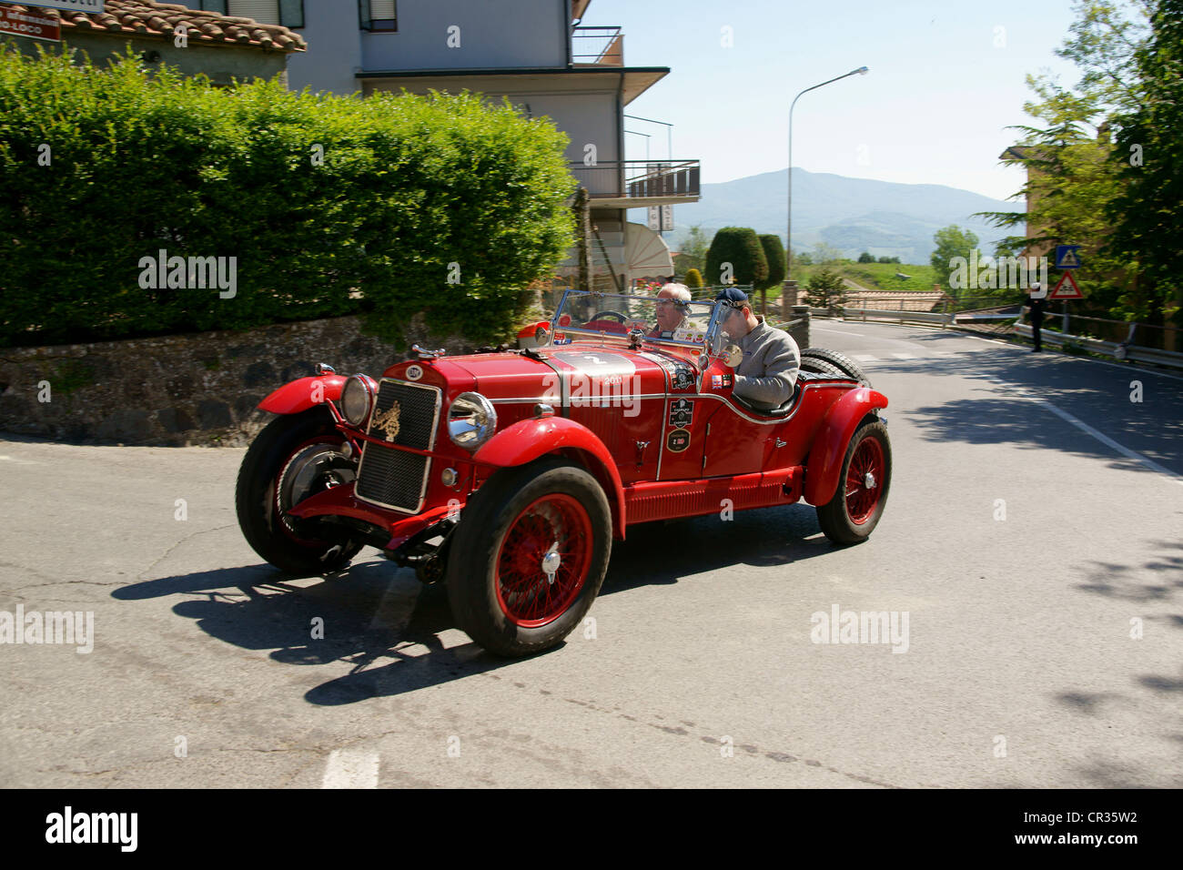 OM 665 Superba, 1929 3, Johann Georg Fendt, Corinna Fendt, vintage car race Mille Miglia or 1000 Miglia, Radicofani,Stock Photo