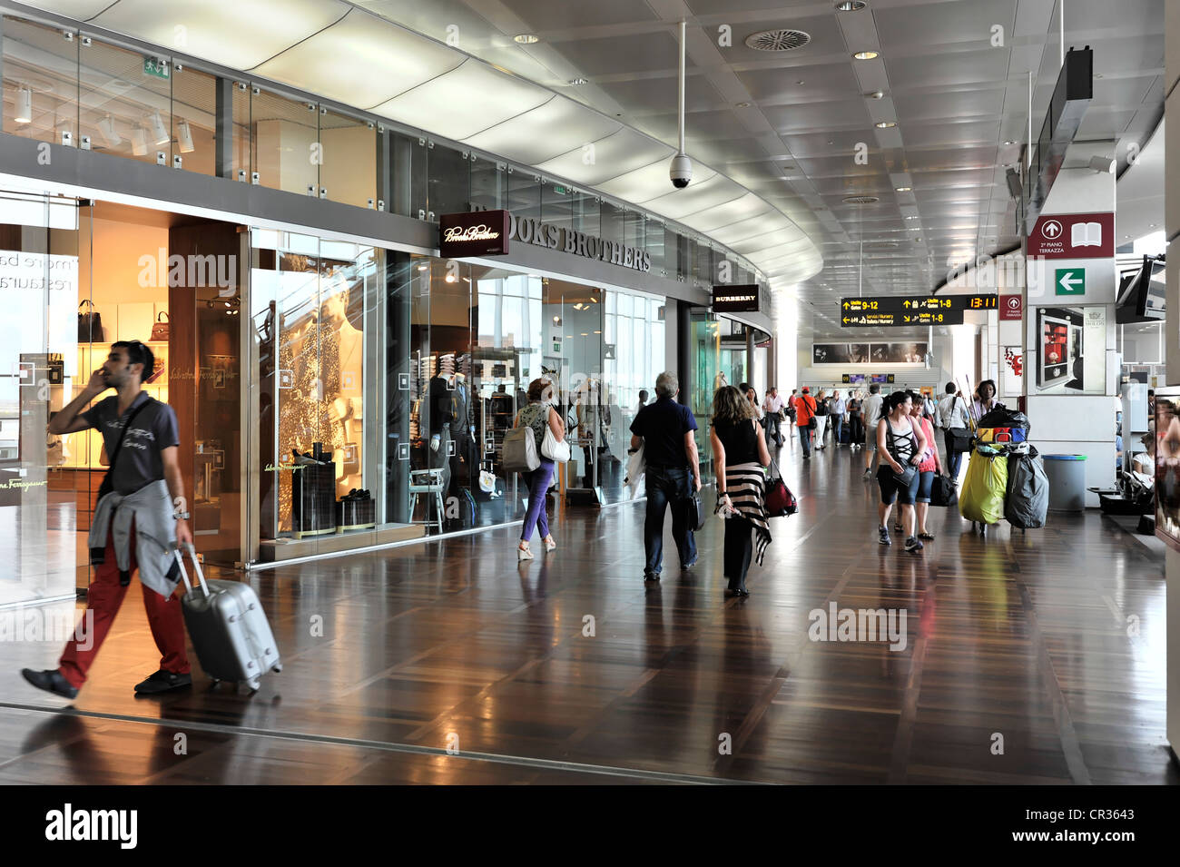 cheaper 1f05a 83d91 Departure lounge, duty free shops, shopping mall, Venice ...
