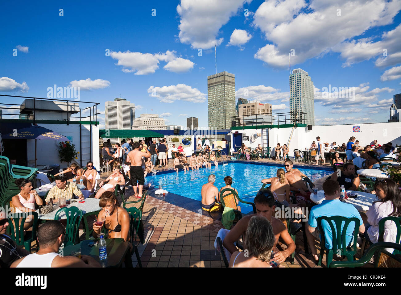 Canada, Quebec Province, Montreal, terrace and swimming pool