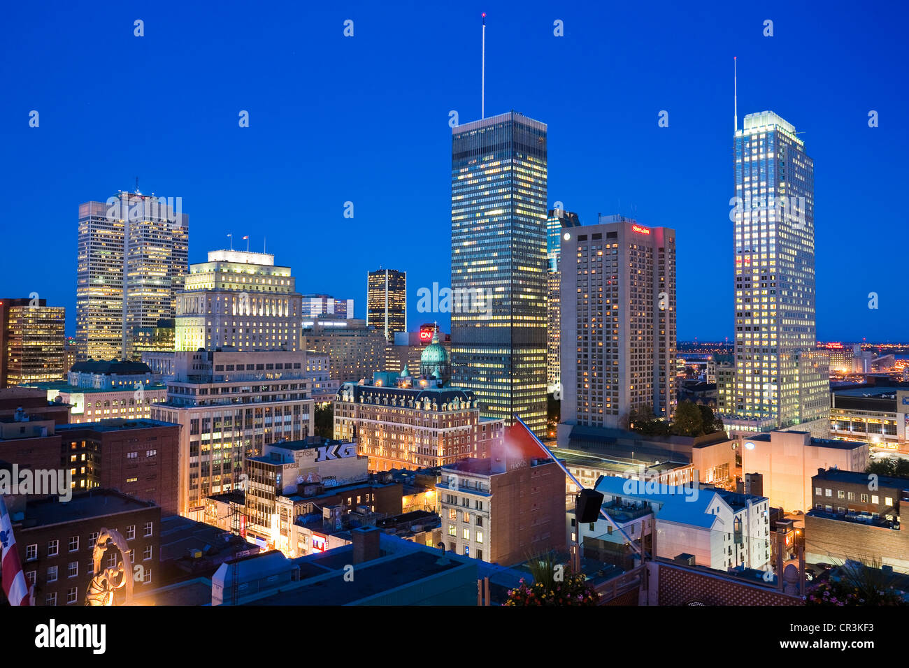 Canada, Quebec Province, Montreal, terrace of the Magnetic Bar and Restaurant on the 20th stage of Hotel de la Montagne - Stock Image