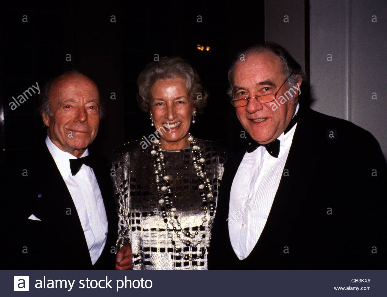 Ruehmann, Heinz, 7.3.1902 - 3.10.1994, German actor, group picture, with his wife Hertha Droemer and the opera director - Stock Image