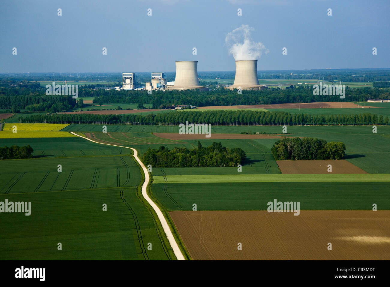 France, Loir et Cher, Mer, overview of the nuclear Saint Laurent les eaux (aerial view) - Stock Image