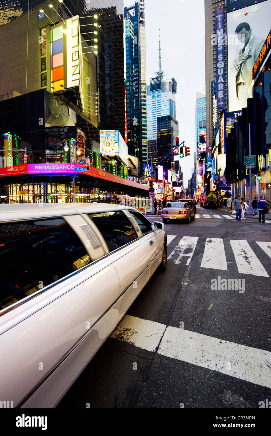 Stretch limousine in Times Square, Manhattan, New York, USA, America - Stock Image