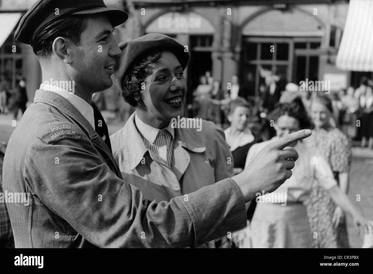 Herking, Ursula 28.1.1912 - 17.11.1974, German actress, half length in the movie 'Wer fuhr den grauen Ford ?', - Stock Image