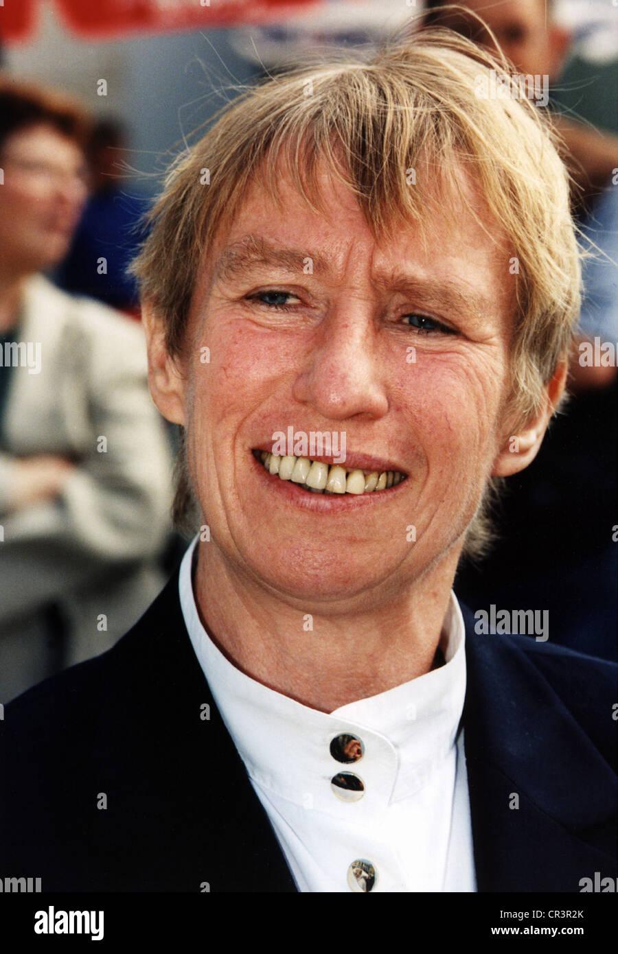 Hildebrandt, Regine, 26.4.1941 - 26.11.2001, German politician (SPD), labour minister (1990), portrait, 1999, Additional Stock Photo